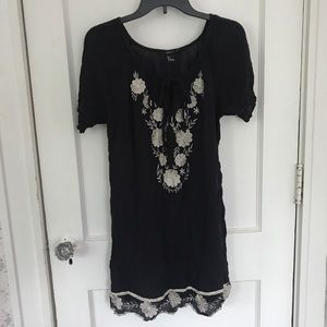Forever 21 Breezy Embroidered Tunic